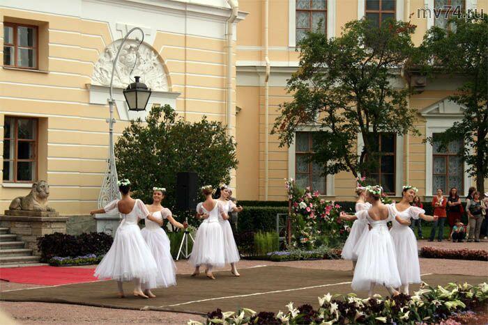 Международный фестиваль цветов Императорский букет