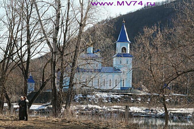 Церковь в городе Аша, Челябинская область, Марина Волкова mv74.ru