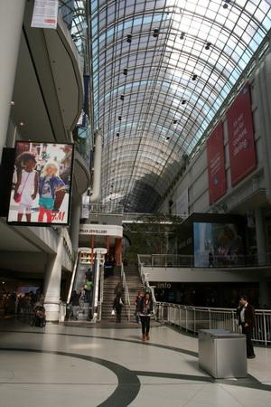Магазин в Торонто